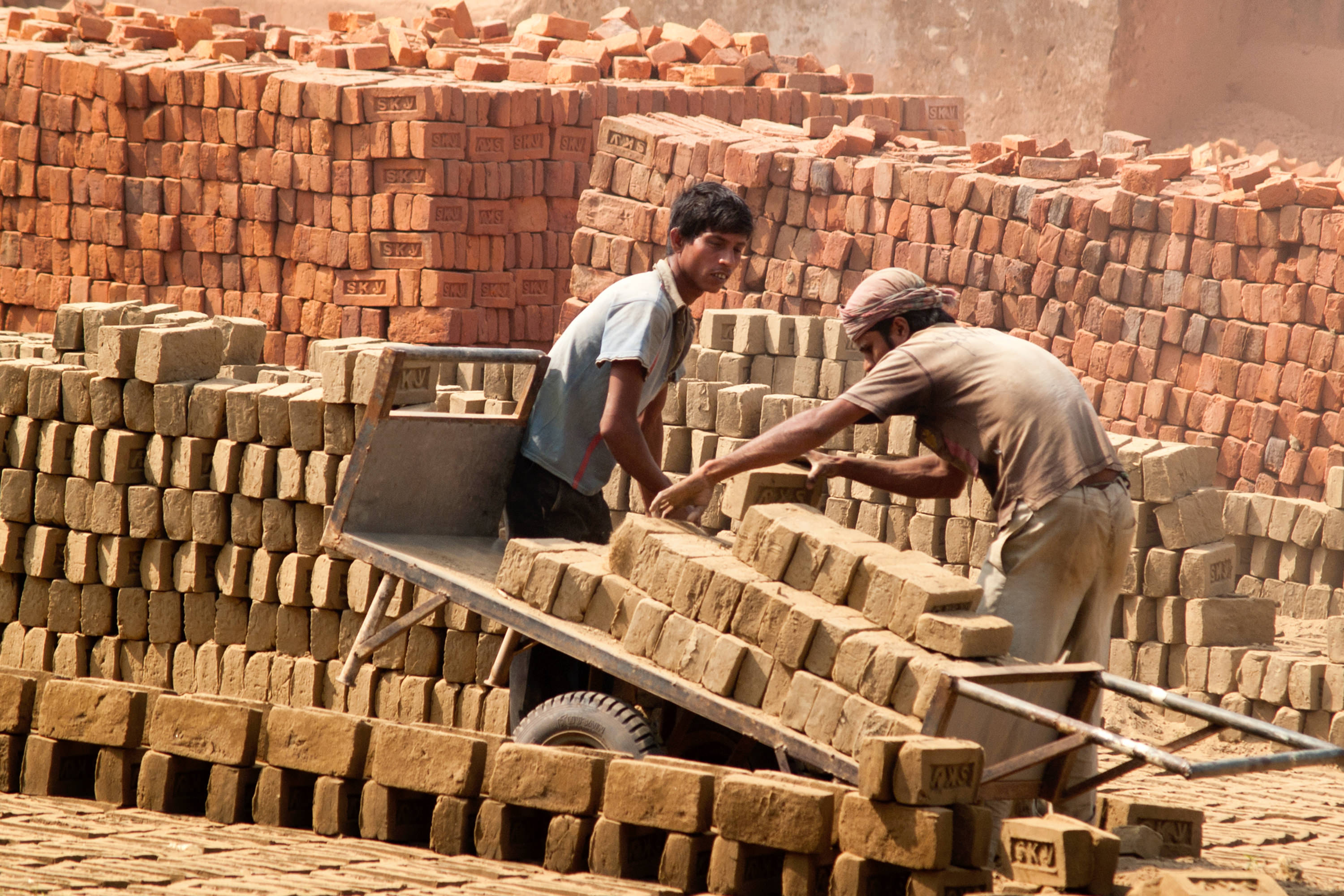 The Formal-Informal Labour Nexus and Growth